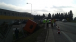 tažká nehody naloženej cisterny s tekutým asfaltom pri Púchove